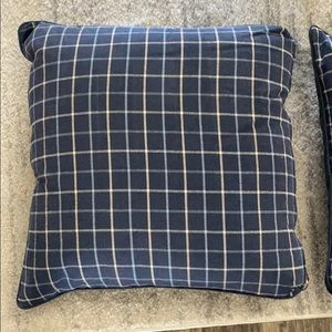 Blue 24x24 Accent pillows